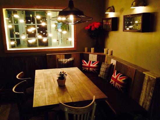 Twenty One Bar and Grill