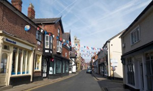 King Street Knutsford for independent shopping